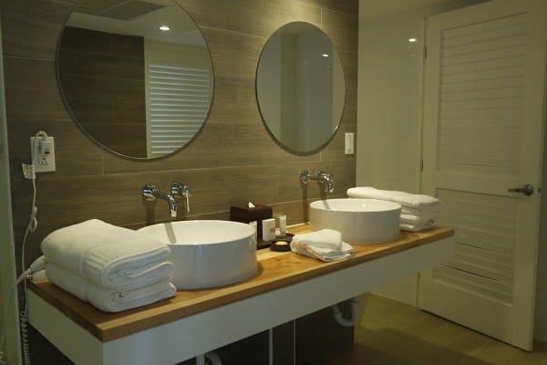 Warwick Paradise Island bathroom