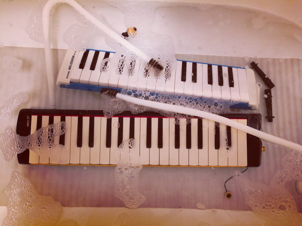 Bath time for melodicas