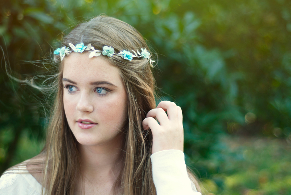 meghan-flower-crown-senior-picture