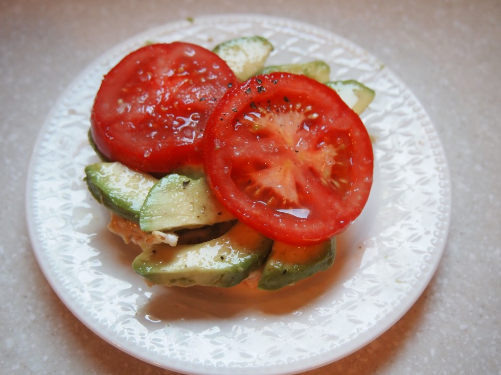 Avocado, Hummus and Tomato on a Brown Rice Cake - Copyright Jo-Ann Blondin
