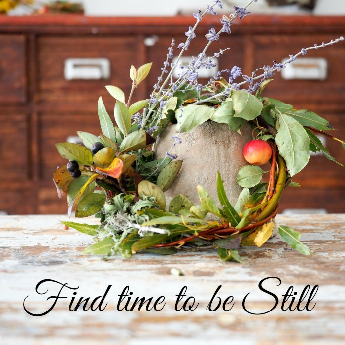 Fs-2016-wreath-and-drawers-with-text Jo-Ann Blondin