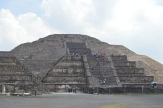 2015-07-20_-_piramide_de_la_luna_wiki_loves_pyramids