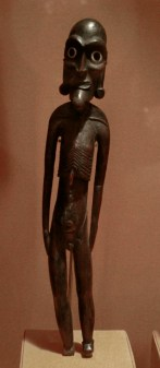 skeletal_easter_island_statue
