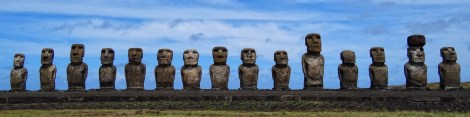standing_moai_at_ahu_tongariki_easter_island_pacific_ocean