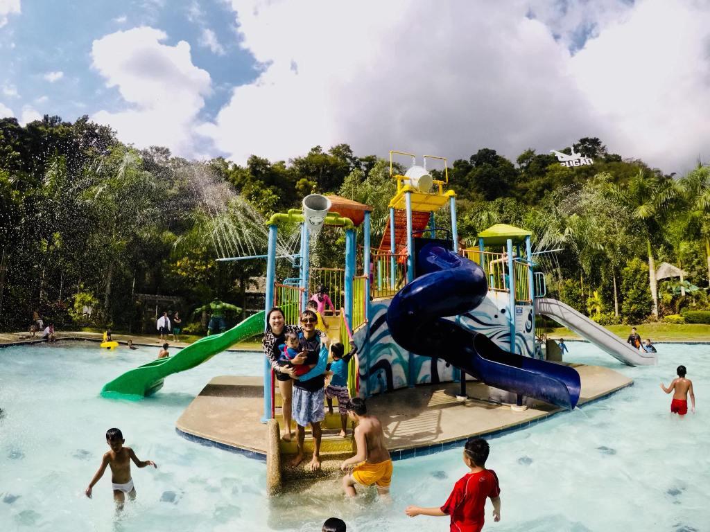 Pugad Adventure swimming pool