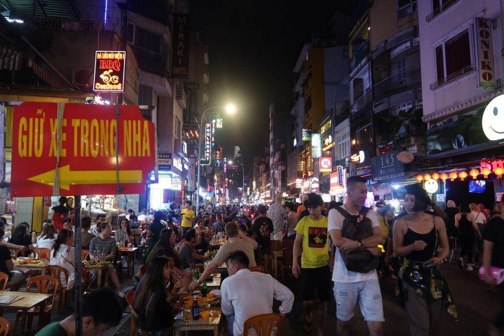 HO CHI MINH CITY DIY