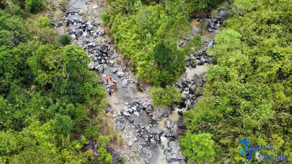 Mapita Falls drone shot