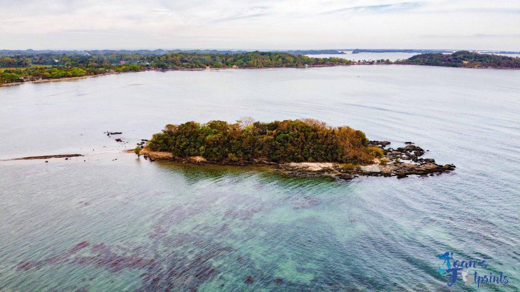 Bagbag Beach island