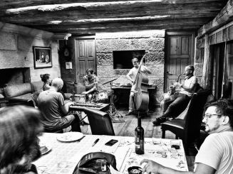 Casual jam session in Galicia (Spain) August 2014