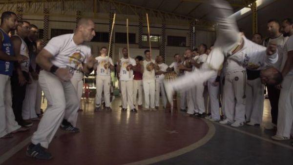 """""""Capoeira Gospel"""" cresce e gera tensão entre evangélicos e movimento negro Capoeira Cidadania Curiosidades Portal Capoeira 2"""