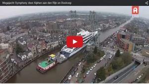 moving ship through small river