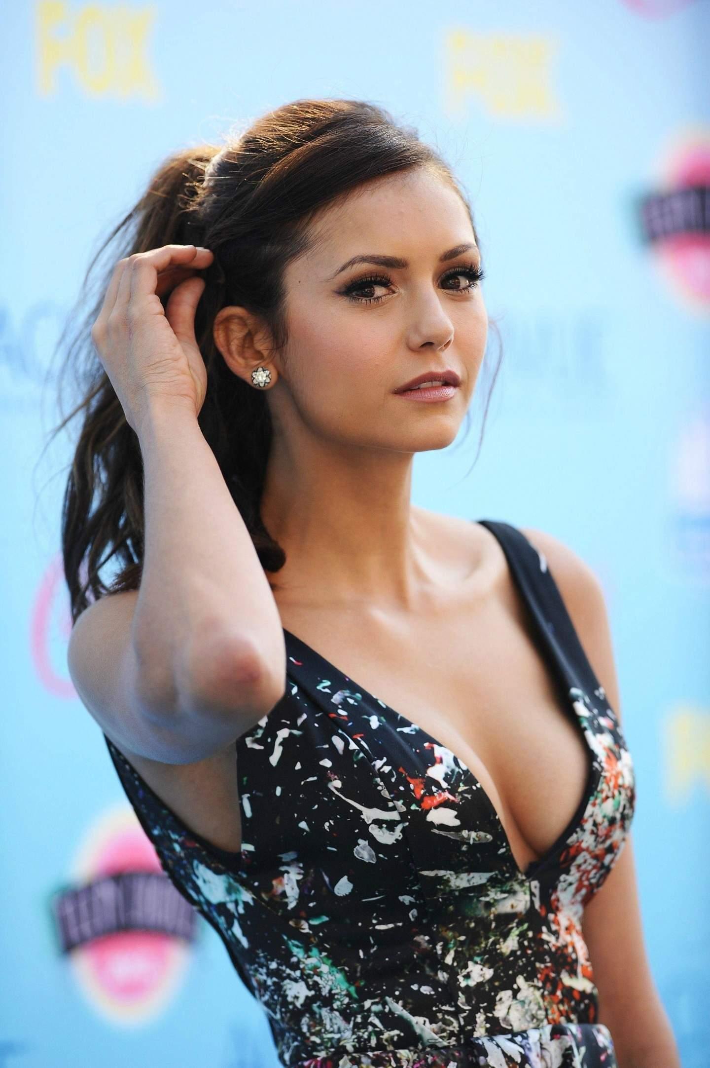 Jobbiecrew S Hot Honey Of The Week Bulgarian Beauty Nina