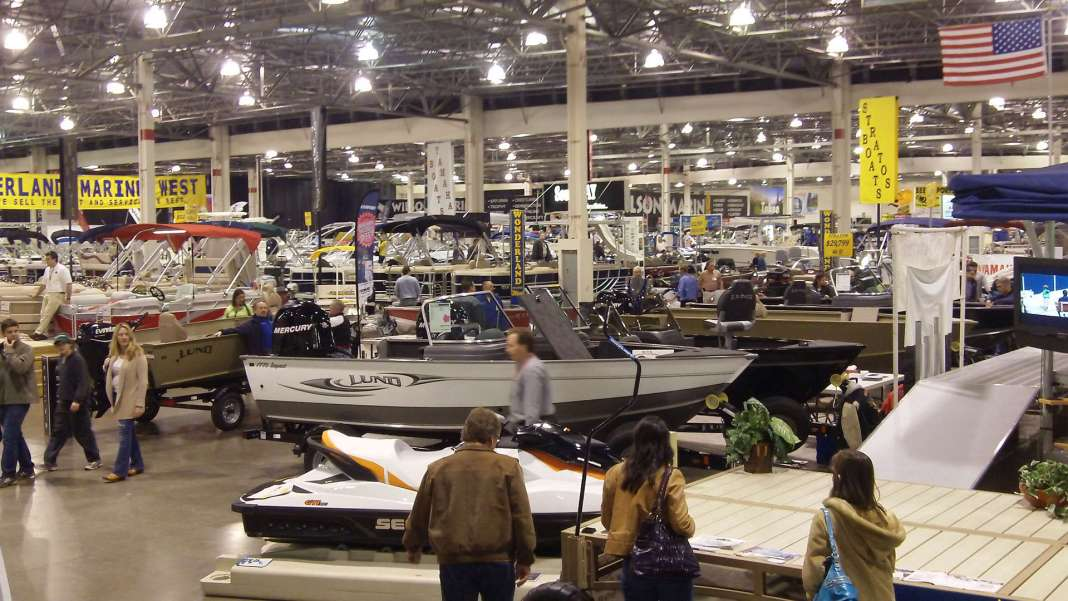 2016 Spring boating expo this weekend at the Suburban Showcse
