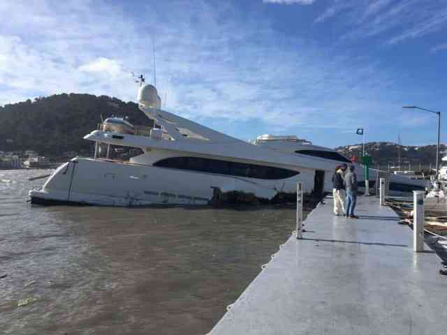 34m yacht sinking in Port d'Andratx, Mallorca, Spain