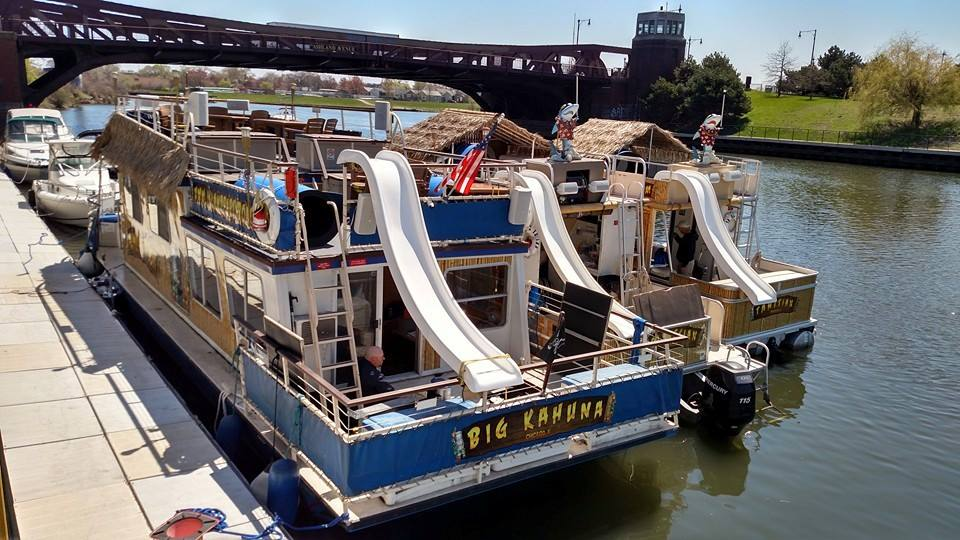 Island Party Boat: Rent a Floating Tiki Bar in Chicago