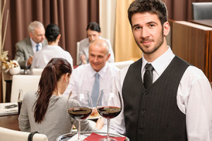 how to become a waiter