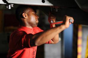 Lead Maintenance Technician job description, duties, tasks, and responsibilities