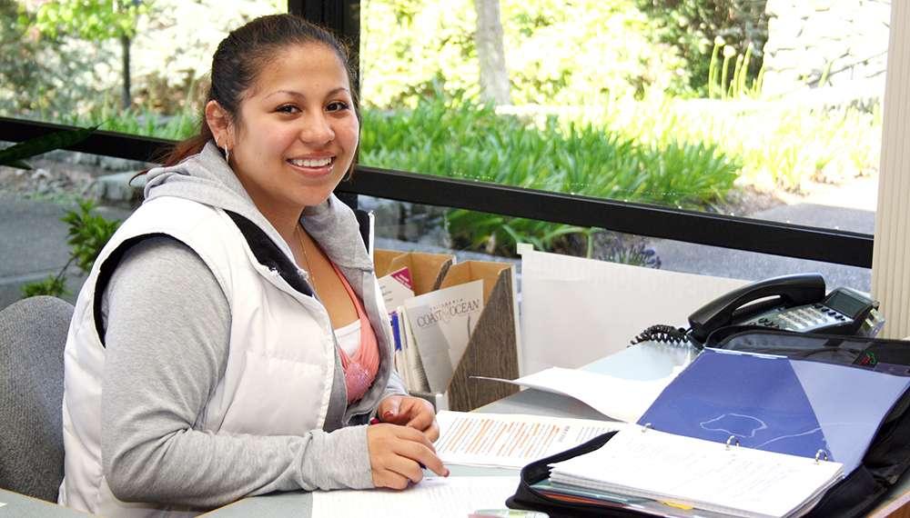 Payroll Clerk Job Description Sample   Job Description and Resume ...