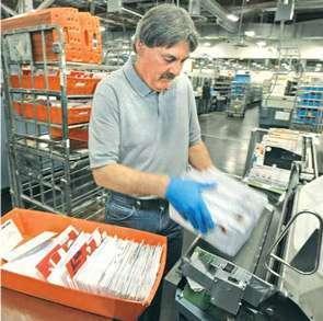 Mailroom Clerk Job Description Example   Job Description and Resume ...