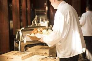 Jollibee Food Service Crew job description, duties, tasks, and responsibilities