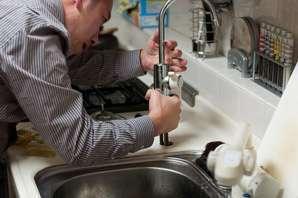 Plumber job description, duties, tasks, and responsibilities