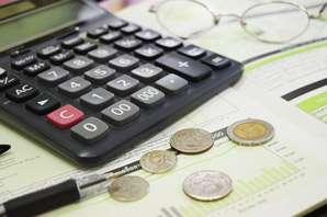 Economist job description, duties, tasks, and responsibilities
