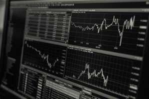Financial Research Analyst job description, duties, tasks, and responsibilities.