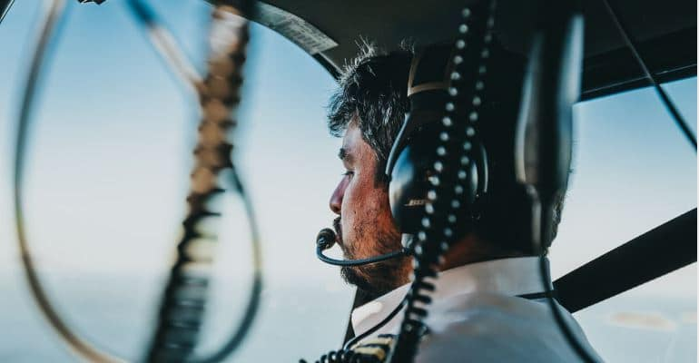 become a pilot in bangladesh