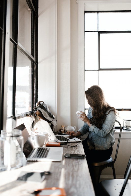Search for work as a blogger, freelancer, virtual assistant
