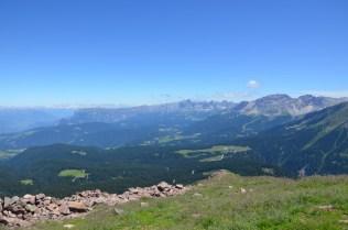 Der Blick vom Schwarzhorn Richtung Rosengarten und Latemar