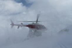purcell-mountains-helicopter-landing-img_2980-copy