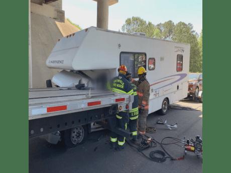 Accident - I-95 Selma RV 04-17-19-8CP