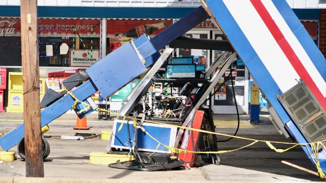 Winds - Gas Station Canopy 02-07-20-1JP