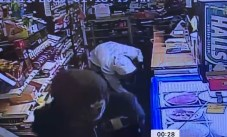 JCSO - Convenience Store Break In Suspects 11-13-20-2CP
