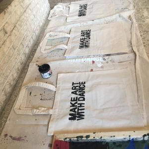 Make Art With Dance totes