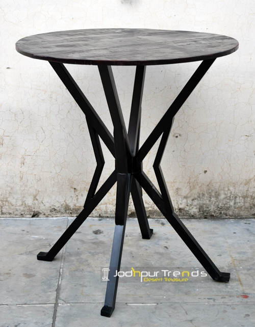 Coffee Table in Industrial Design | Coffee Shop Tables and Chairs