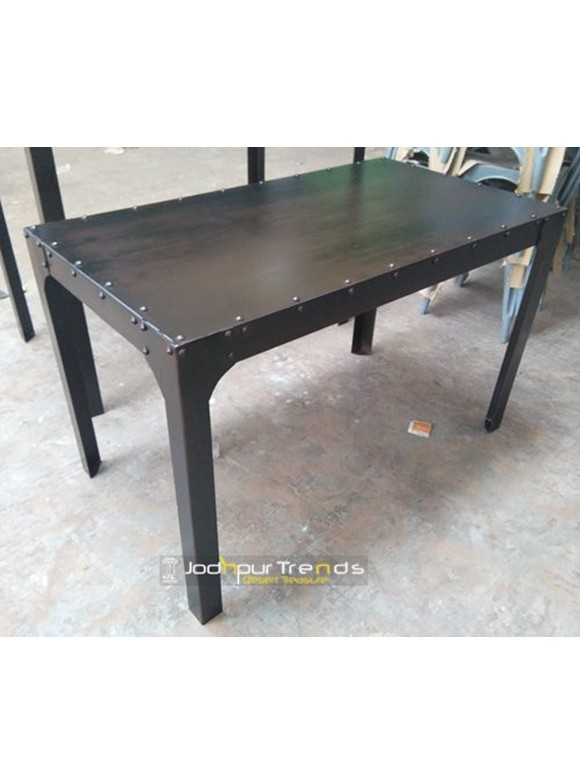 Dining Table in Vintage Design | Restaurant Supply Tables