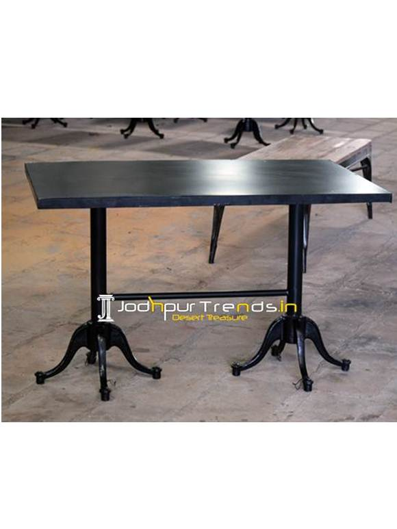 Outdoor Metal Table Restaurant Table Supplier