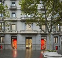 louis-vuitton-fachada-tienda-barcelona-nueva-600x570