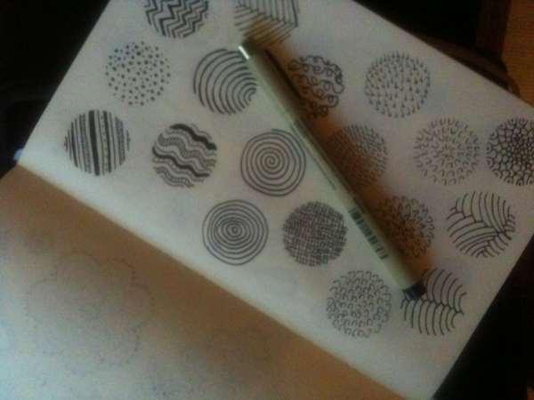 circle-doodles-in-sketchbook