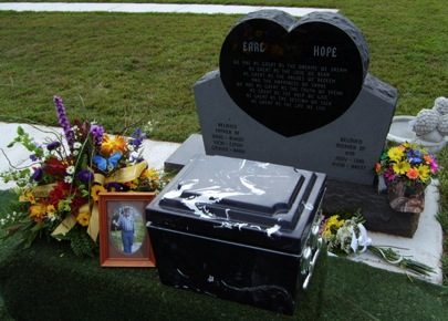 Earl Thelander's headstone