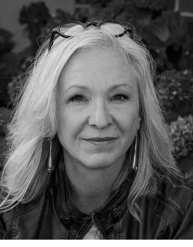 #Sage One-Susan Mulder, Artist & Podcaster