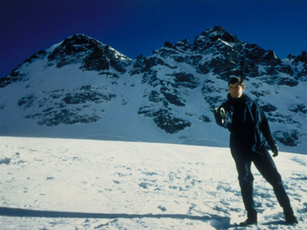 James bond in snow