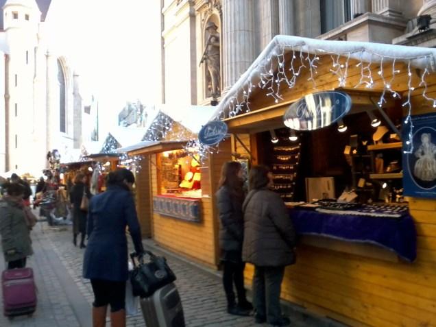 Weihnachtsmarkt-brüssel-1