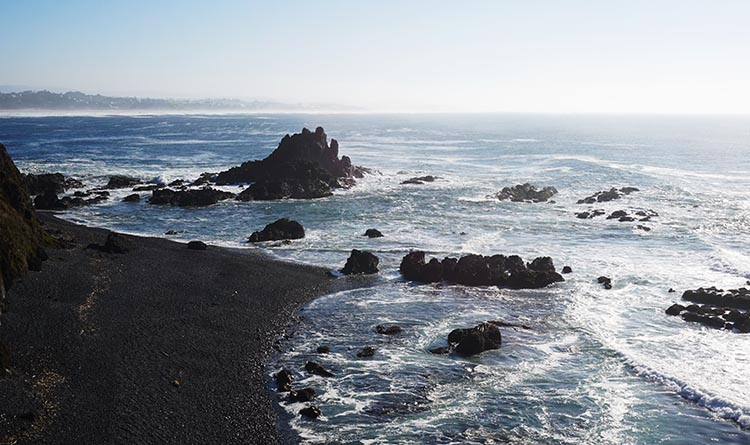 Review of Beverly Beach State Park, near Newport, Oregon. The area around Beverley Beach is full of stunningly beautiful beaches