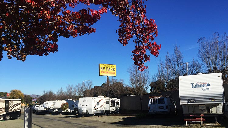 Review and Video of Tradewinds RV Park in Vallejo, near San Francisco. The sites at Tradewinds RV Park are close together, but they do have full hookups