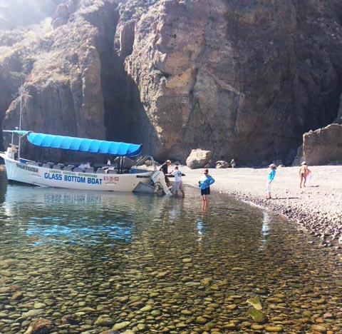 Glass bottom boat in Loreto - Photo by Nancy Bacciarini