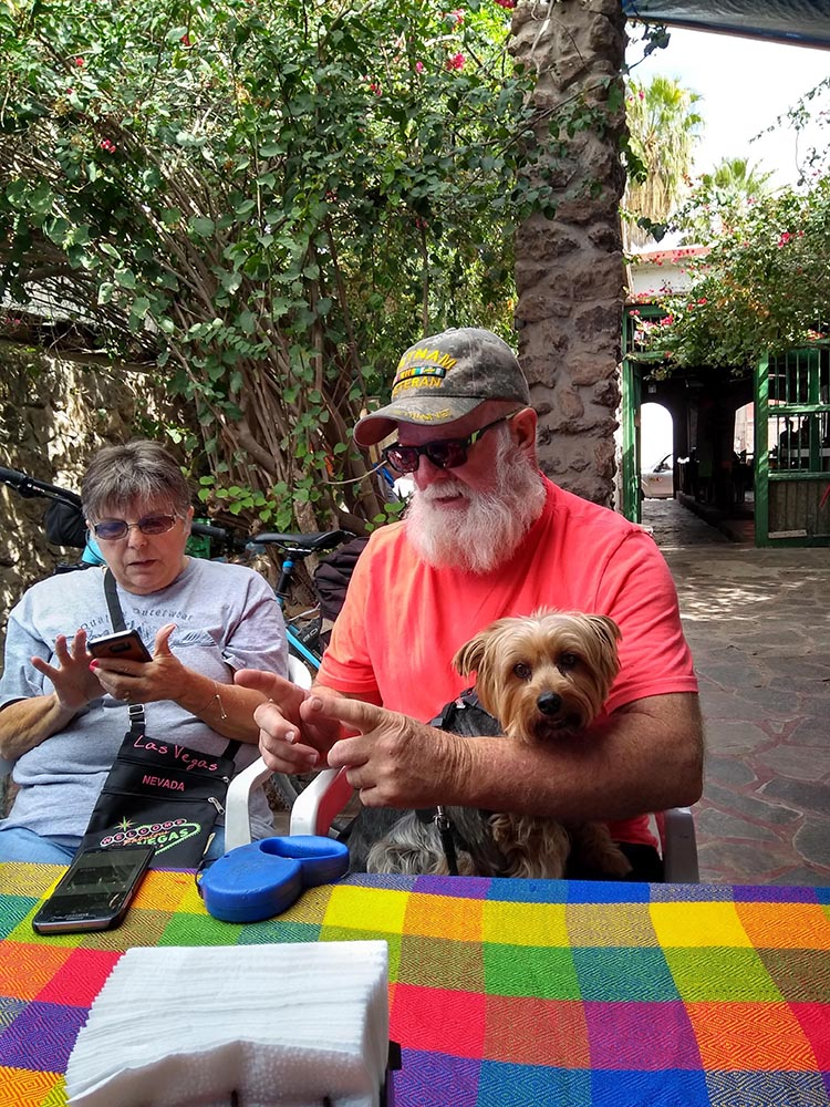 Like most places in Mexico, El Candil is dog friendly! Here are fellow traveleres Kathy and Joe with their dog, Boston. Photo by Alison Youngs.