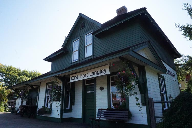 Fort Langley is a litte town that is full of history!