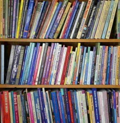 Bookcase 3 - Read